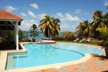 Belle villa Le Francois- Martinique- La piscine près de la mer