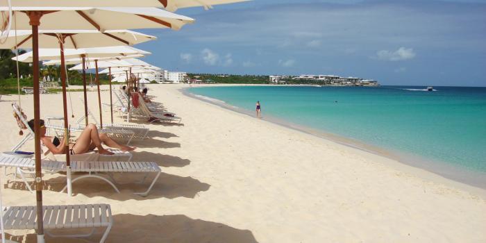 Plage de Dawn Beach sable blanc