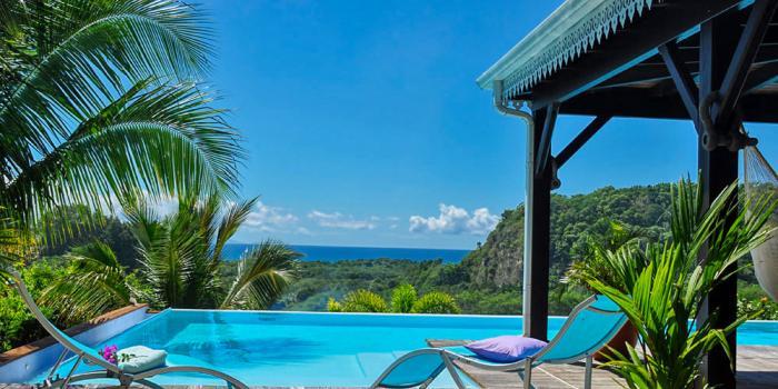 Location villa avec piscine et vue mer 3 chambres 6 personnes Gosier Guadeloupe