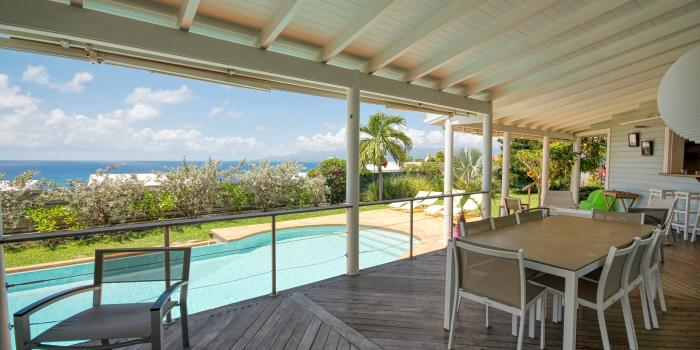 Location villa avec vue mer et piscine au Gosier en Guadeloupe