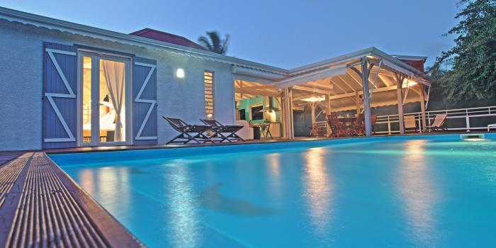 Location villa 7 personnes avec piscine au Gosier Guadeloupe
