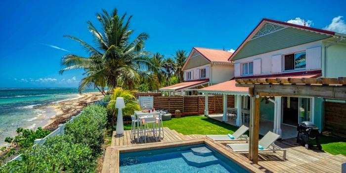 Location villa 4 chambres 8 personnes avec piscine vue mer et pieds dans l'eau - villa tallulah