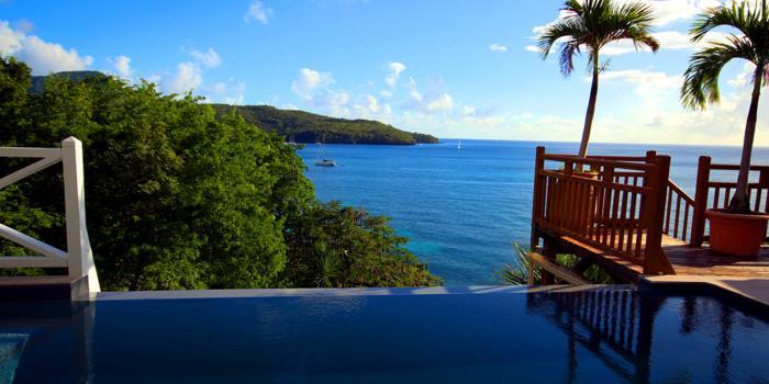Location villa Martinique belle piscine vue mer