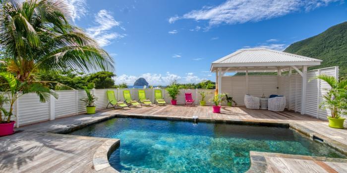 Location maison Martinique - Piscine et vue mer