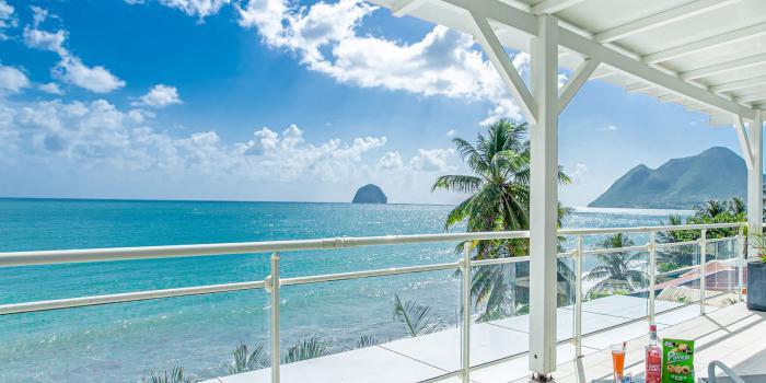 location villa martinique vue mer au diamant