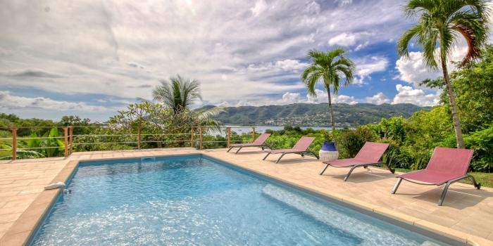 location villa 6 personnes piscine et vue mer