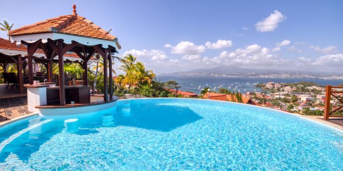 location villa martinique aux trois ilets avec vue mer