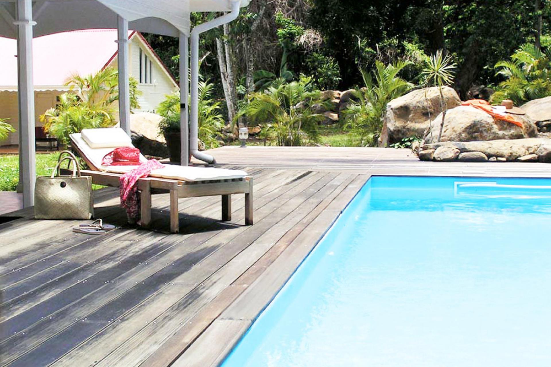 Location villa 100m de la plage - La piscine
