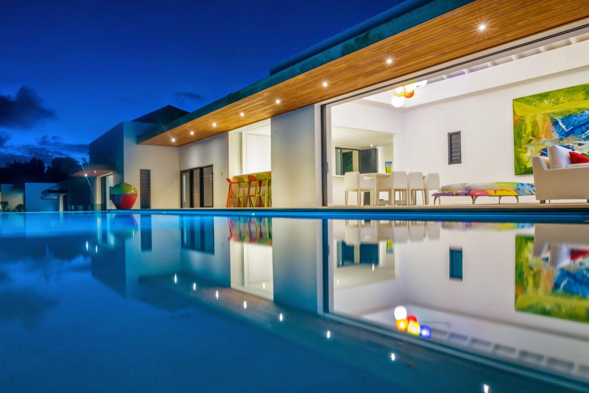 Villa d'exception vue mer 180° - By Night