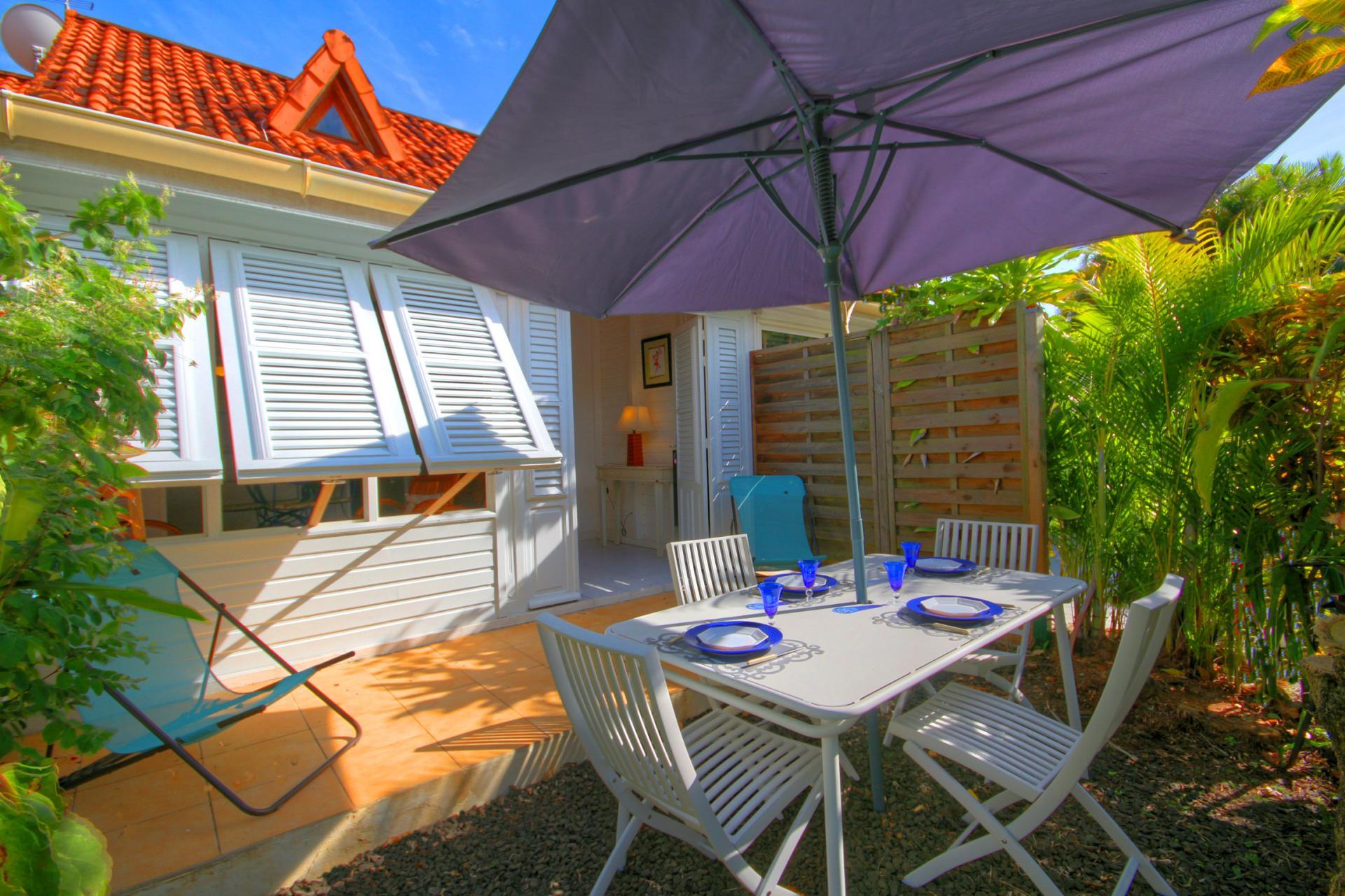 MQSA32 - Villa à deux pas de la plage Pointe Marin Sainte Anne Martinique Vue villa