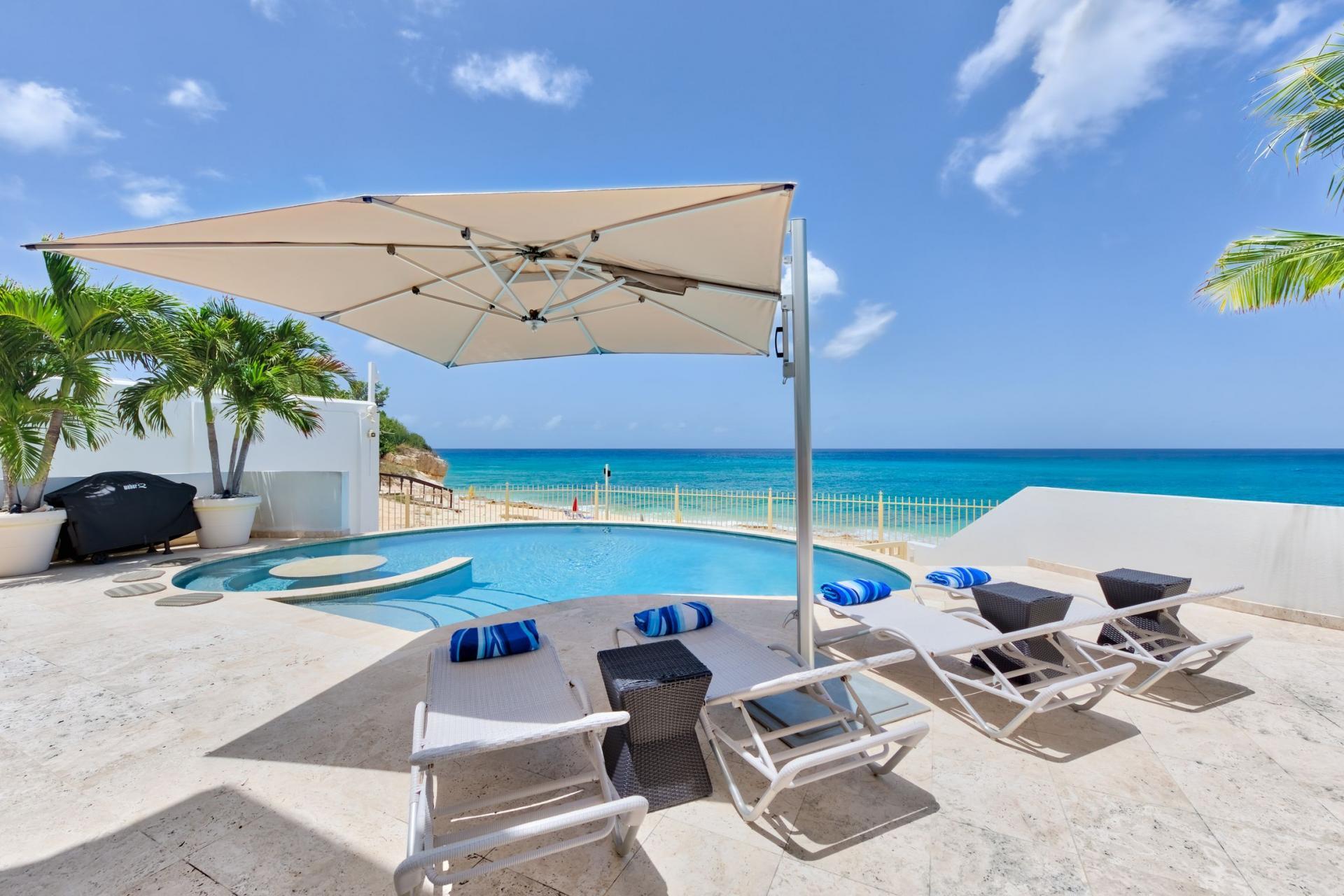 Villa Bahari - Piscine et plage