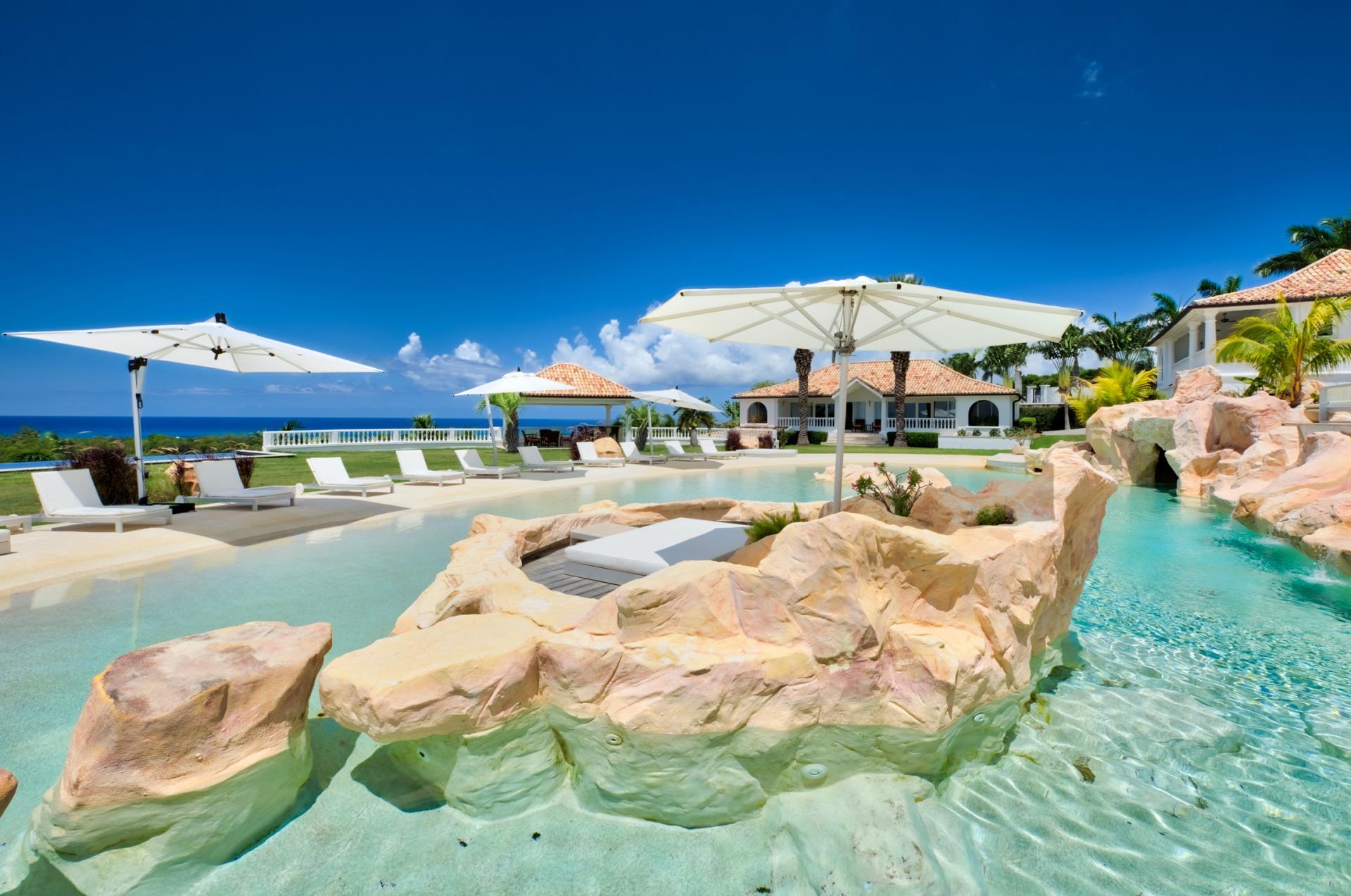Location villa de luxe Saint Martin, Terres Basses - Piscine et vue mer