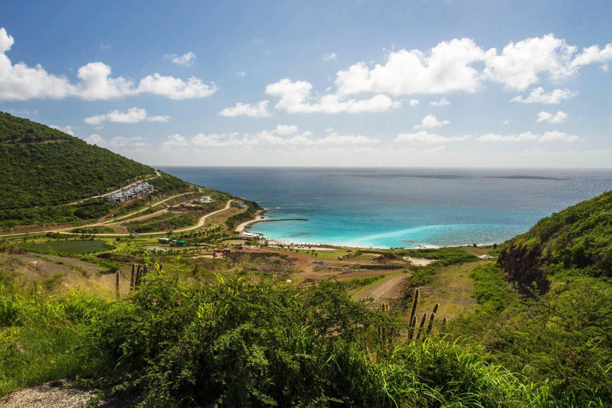 Plage de Cay Bay vue d'ensemble
