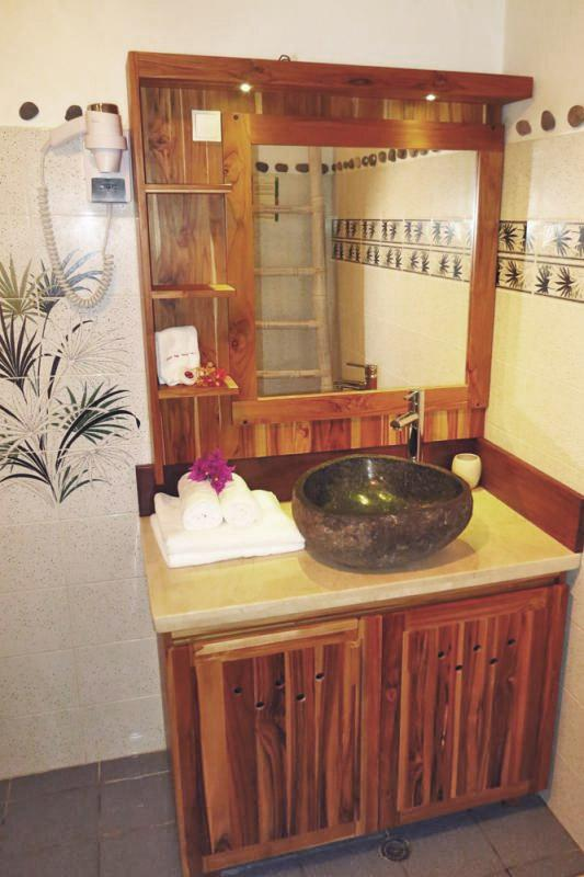 Photo Caraïb' Bay Hotel - Hotel de charme Guadeloupe - Salle de douche