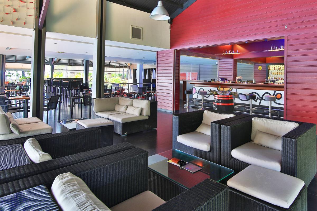 Residence Mahogany - Bar la Rhumerie