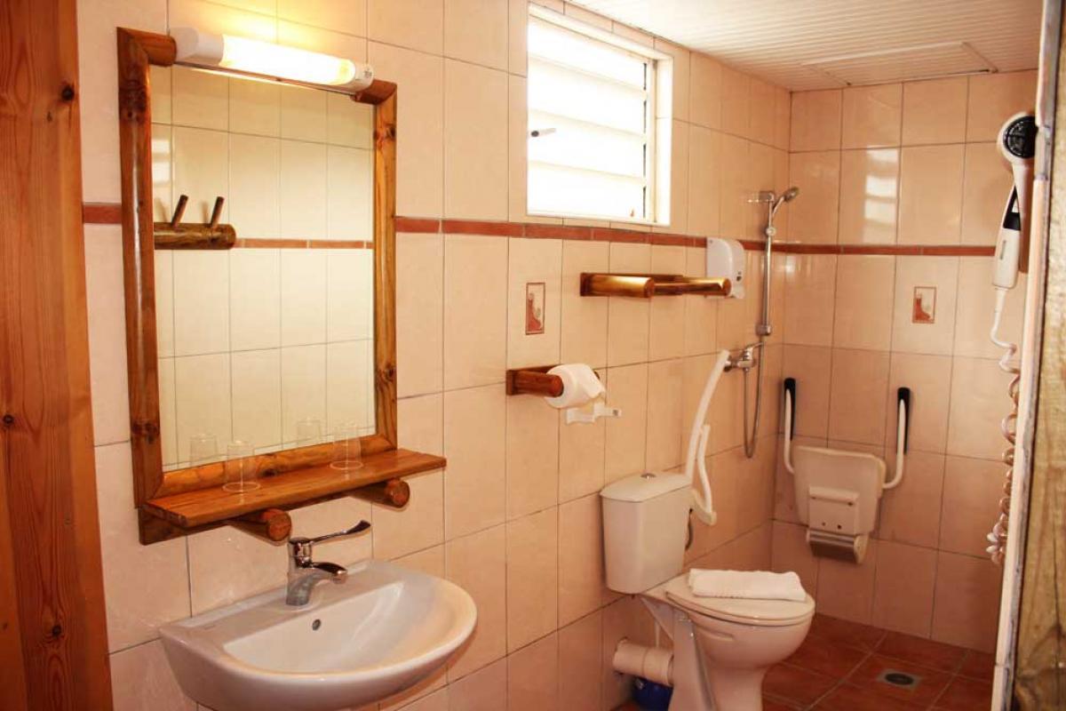 Hotel Bambou - Salle d'eau bungalow