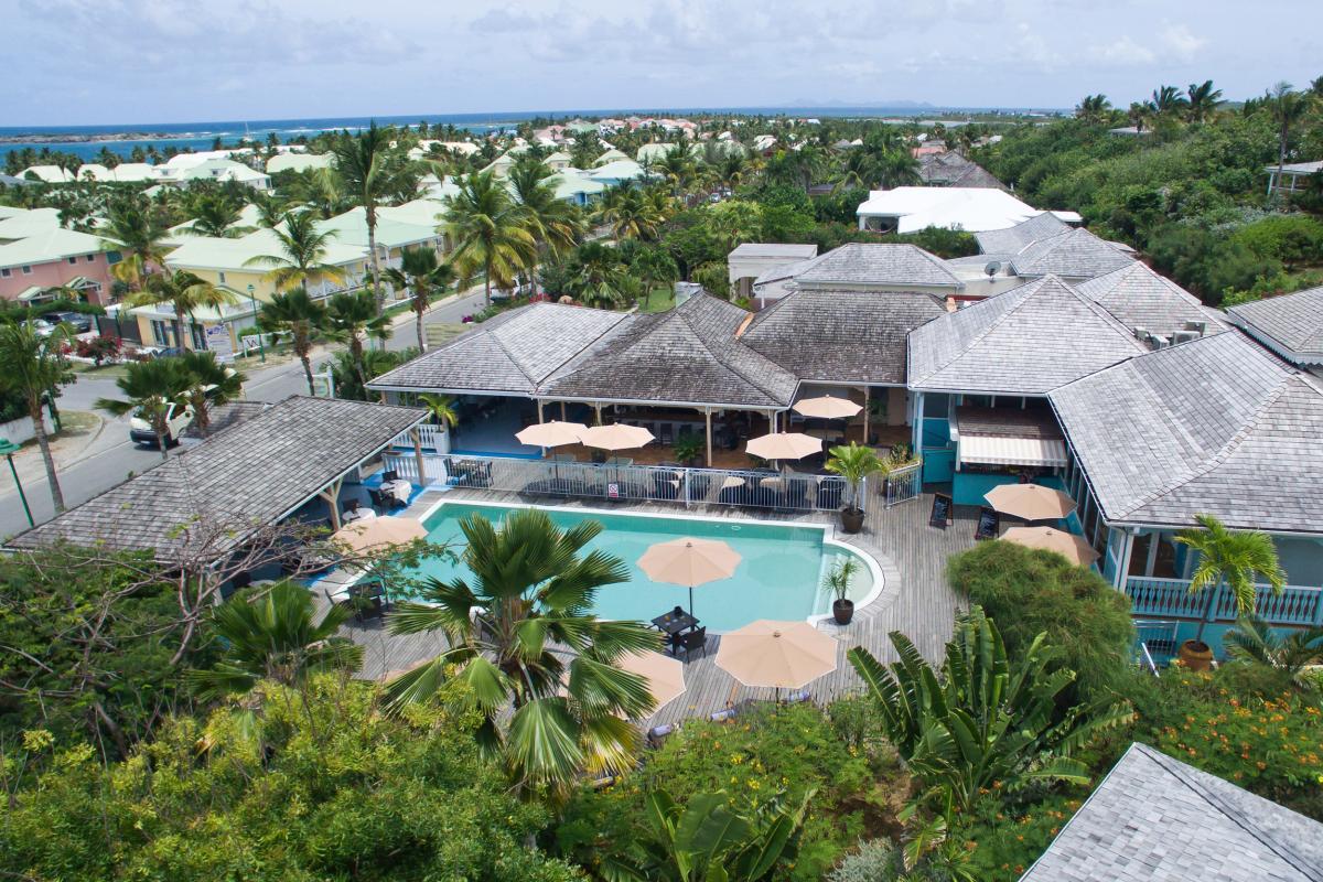 Hôtel La Plantation - Vue d'ensemble piscine