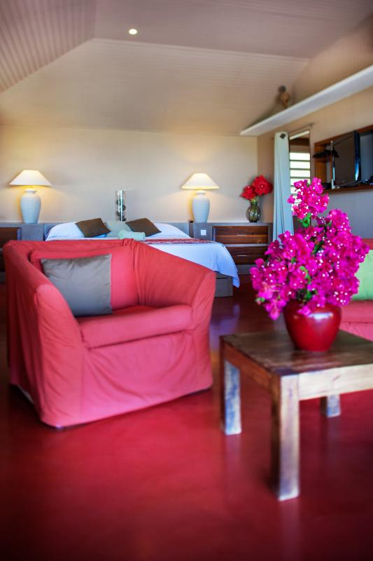 Hotel Karibuni Lodge - Espace salon Suite deluxe