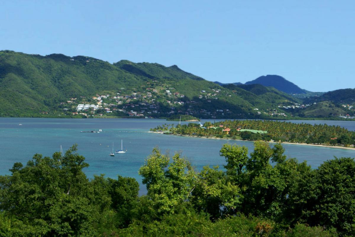 Vue sur la Pointe Marin et le Club Med