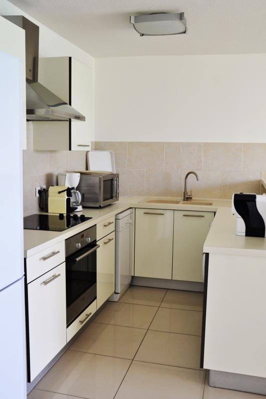 Bleu Emeraude - Cuisine appartement 1 chambre