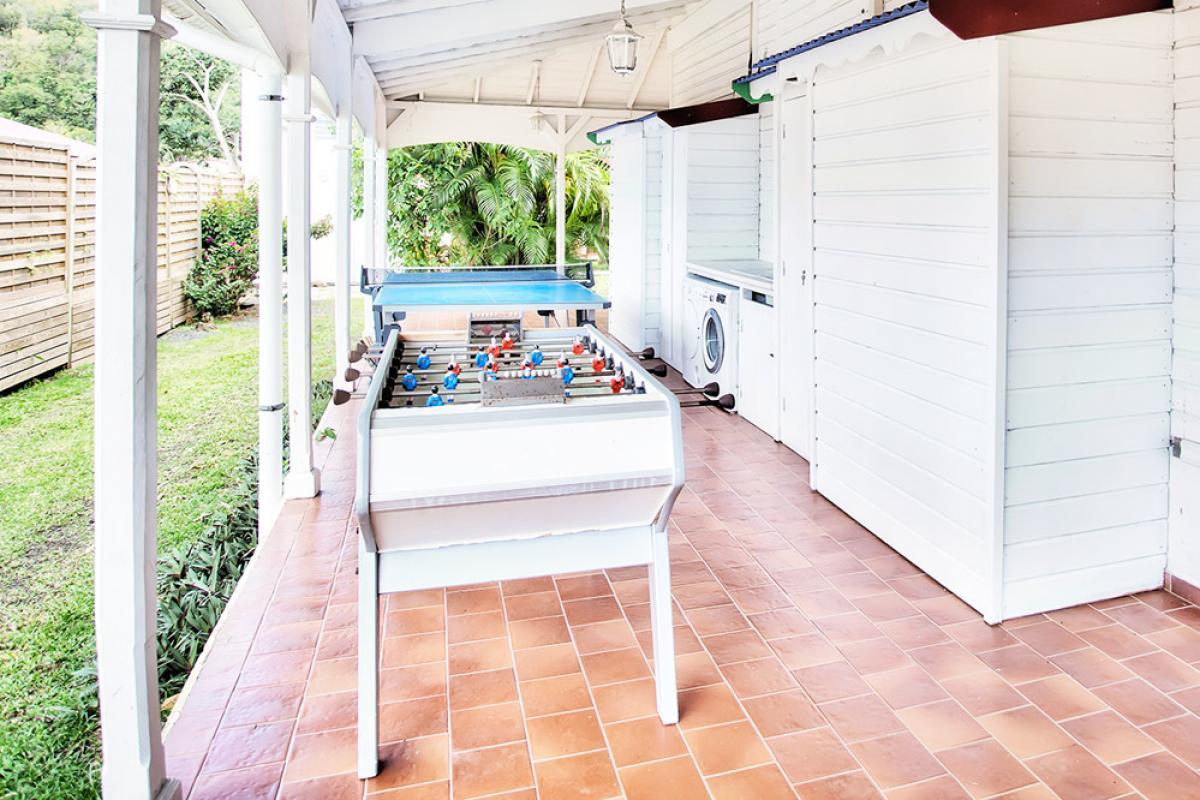 Location villa 100m de la plage - Espace jeux
