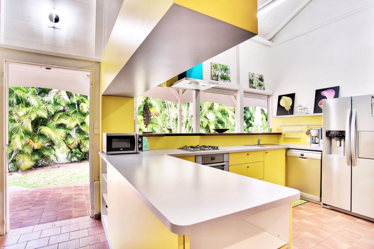 Location villa 100m de la plage - La cuisine