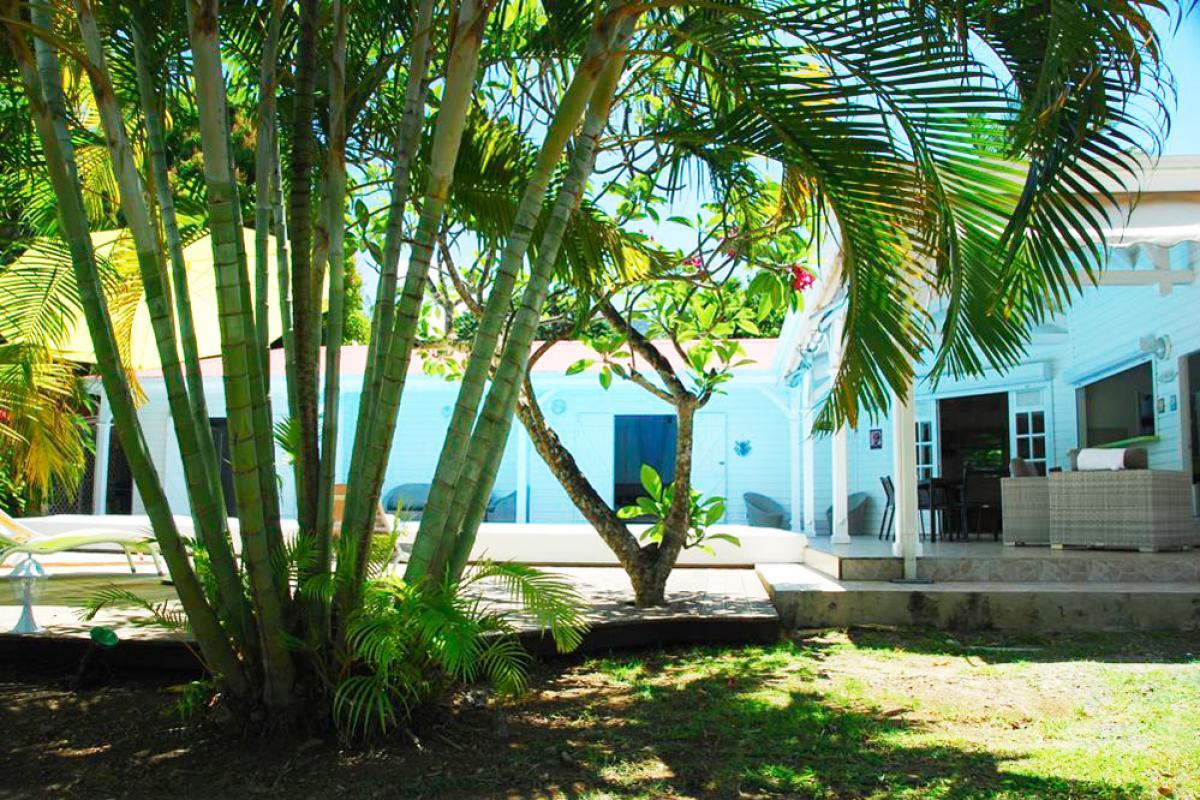 Location villa à 100m de la plage - jardin