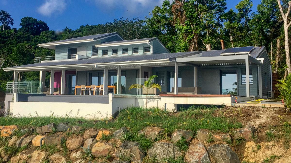 Louer votre villa de charme en Guadeloupe avec piscine pour 6 personnes