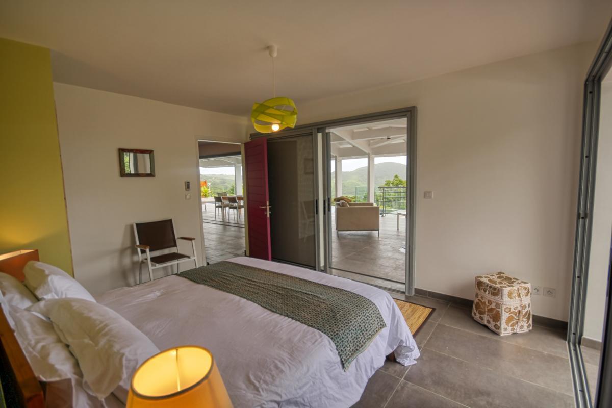Villa à louer en Guadeloupe piscine et vue sur la mer - Chambre 3