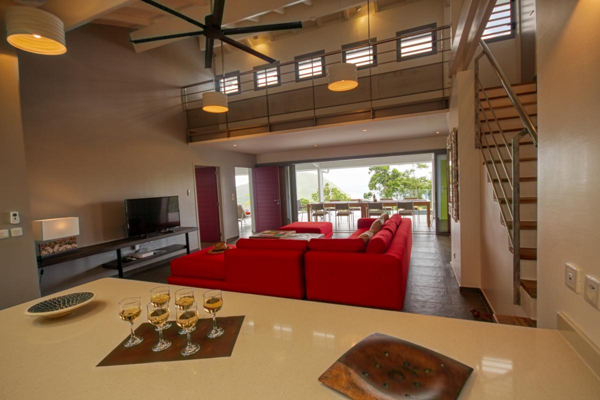 Villa à louer en Guadeloupe piscine et vue sur la mer - Cuisine