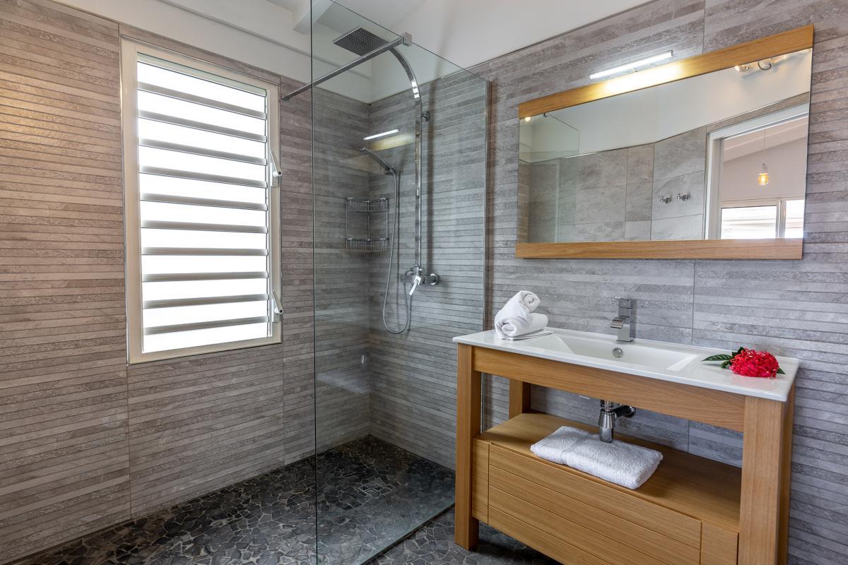 A louer Ste Anne Guadeloupe villa Holi Dream pour 10 personnes