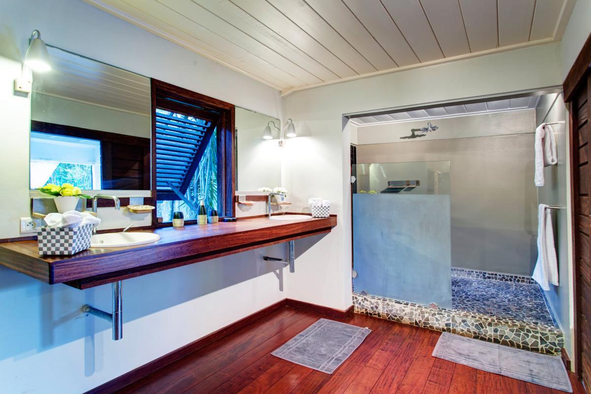 Villa de Luxe piscine vue mer Guadeloupe - Vue d'ensemble