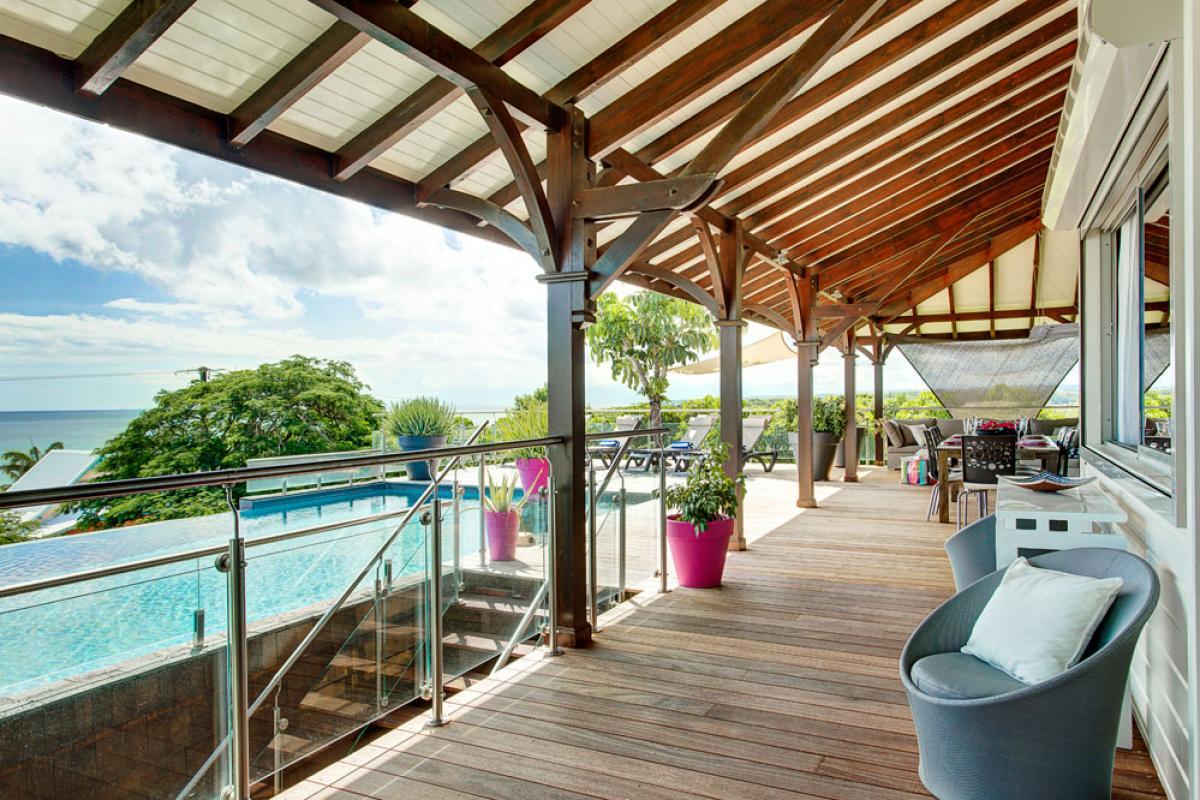 Villa de prestige vue mer avec piscine en Guadeloupe - La Terrasse Piscine