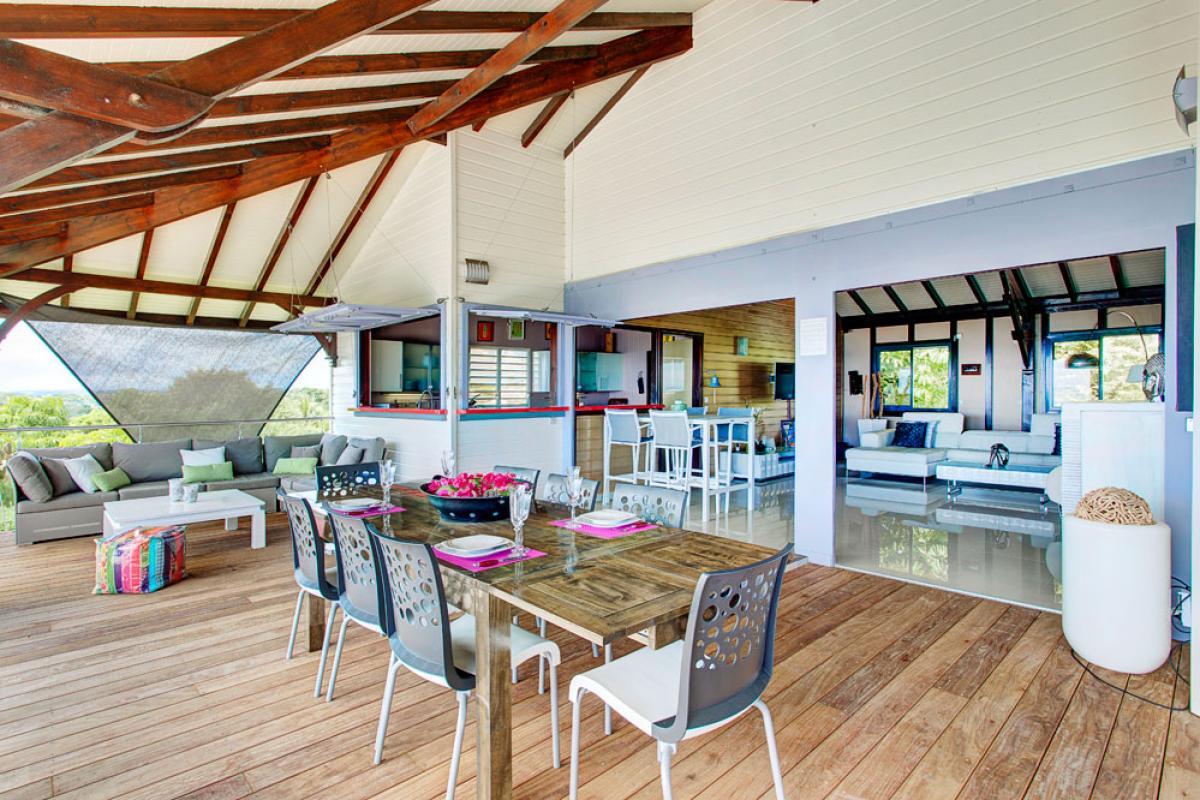 Villa de prestige vue mer avec piscine en Guadeloupe - La Terrasse