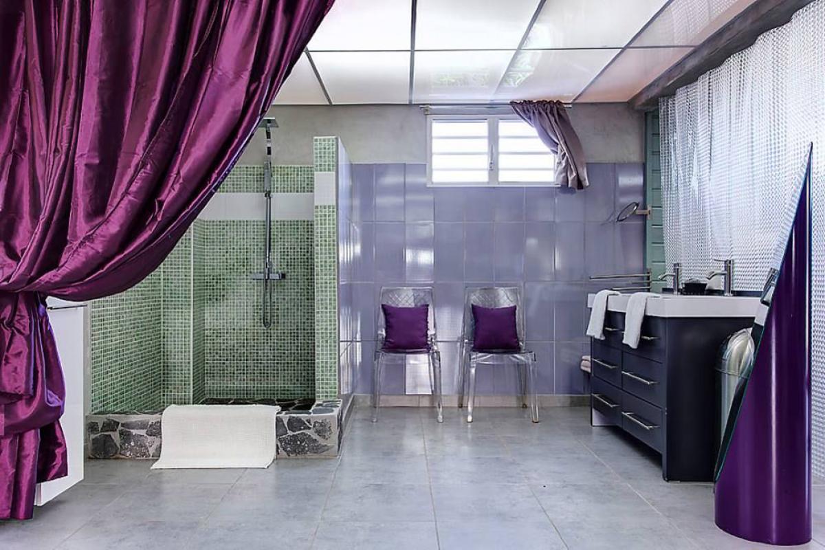 Villa de prestige vue mer avec piscine en Guadeloupe - Le Loft Salle de douche