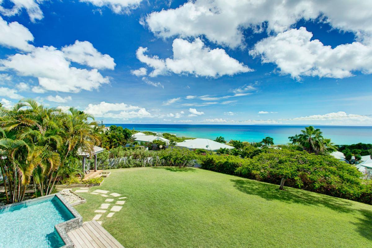 Villa de prestige vue mer avec piscine en Guadeloupe - Vue Mer et Jardin
