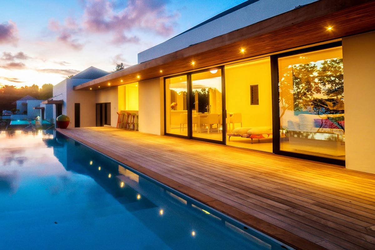 Villa d'exception vue mer 180° - Piscine