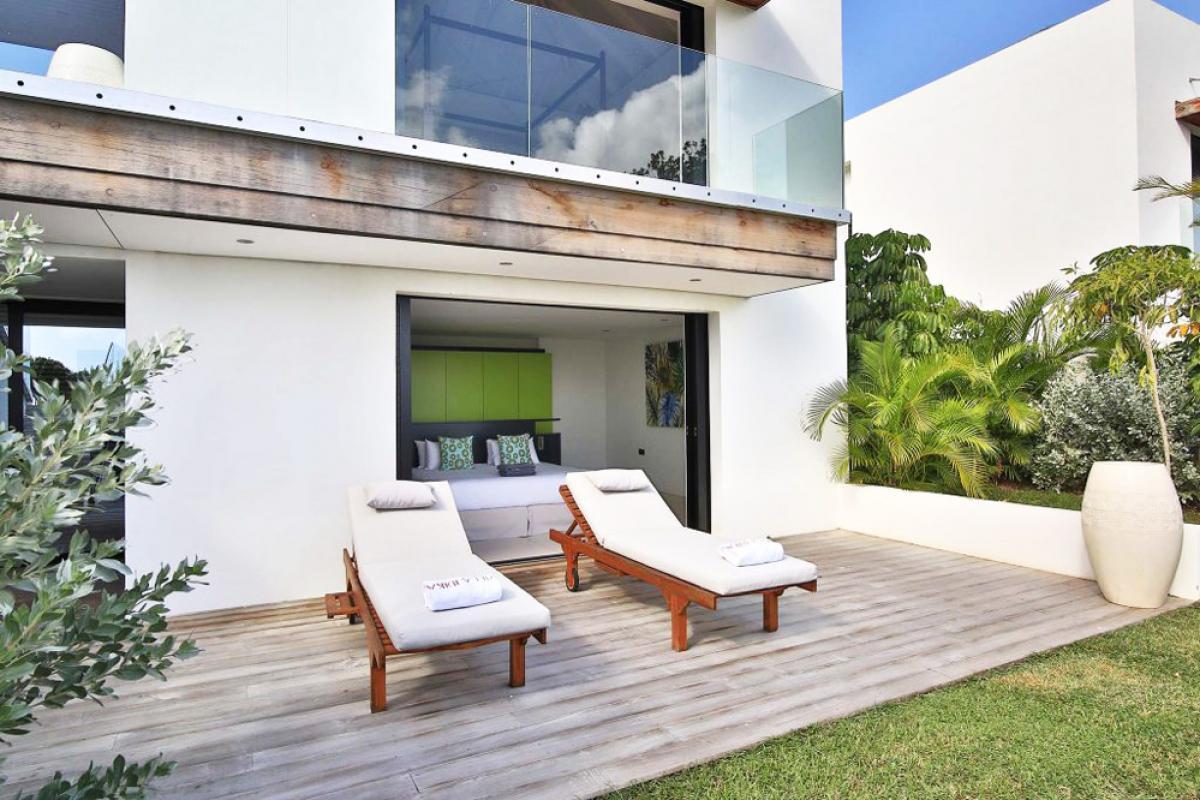 Villa d'exception vue mer 180° - Terrasse chambre
