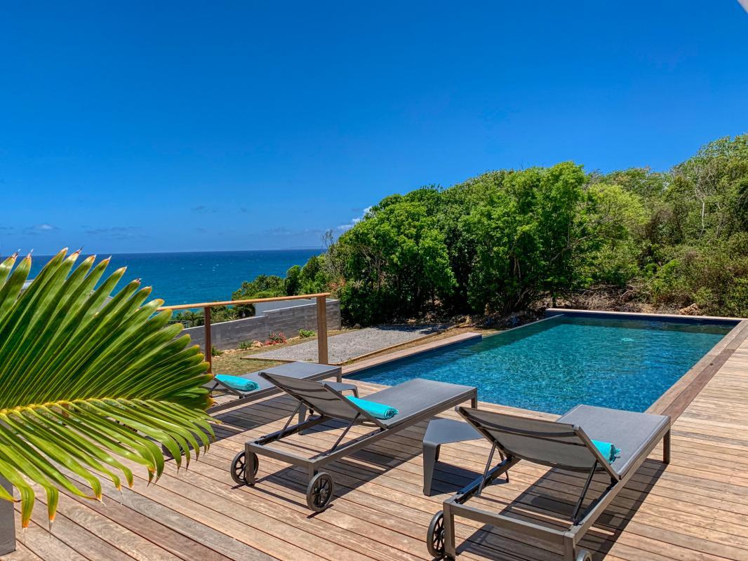 Location villa 12 personnes 6 suites avec 2 piscines et vue mer