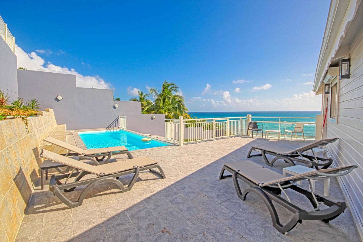 Location villa en Guadeloupe avec vue mer 180° - Vue d'ensemble