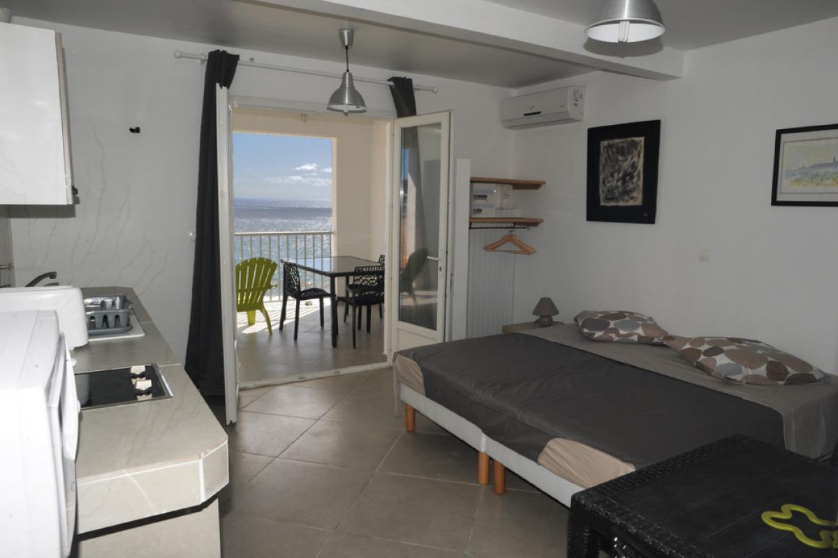 Location piscine vue mer Les Saintes - Studio 2