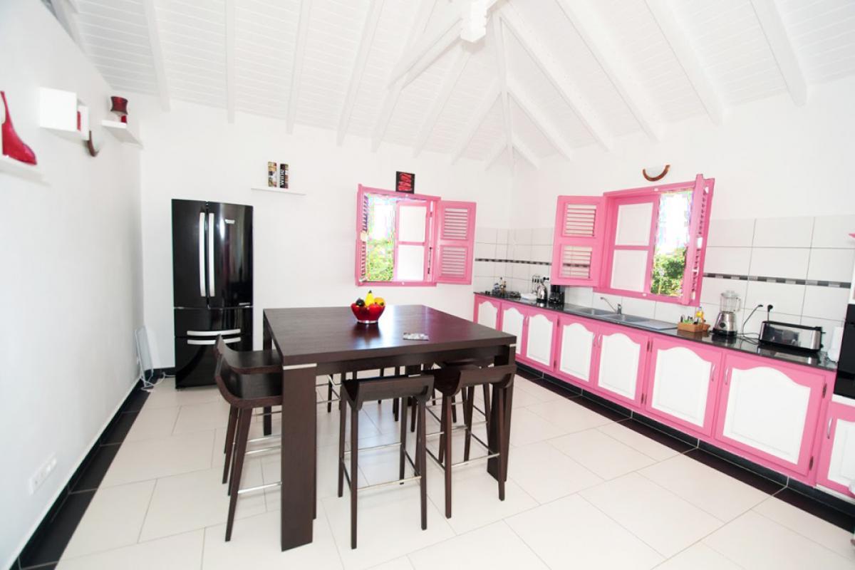 Villa en location avec jacuzzi - La Cuisine