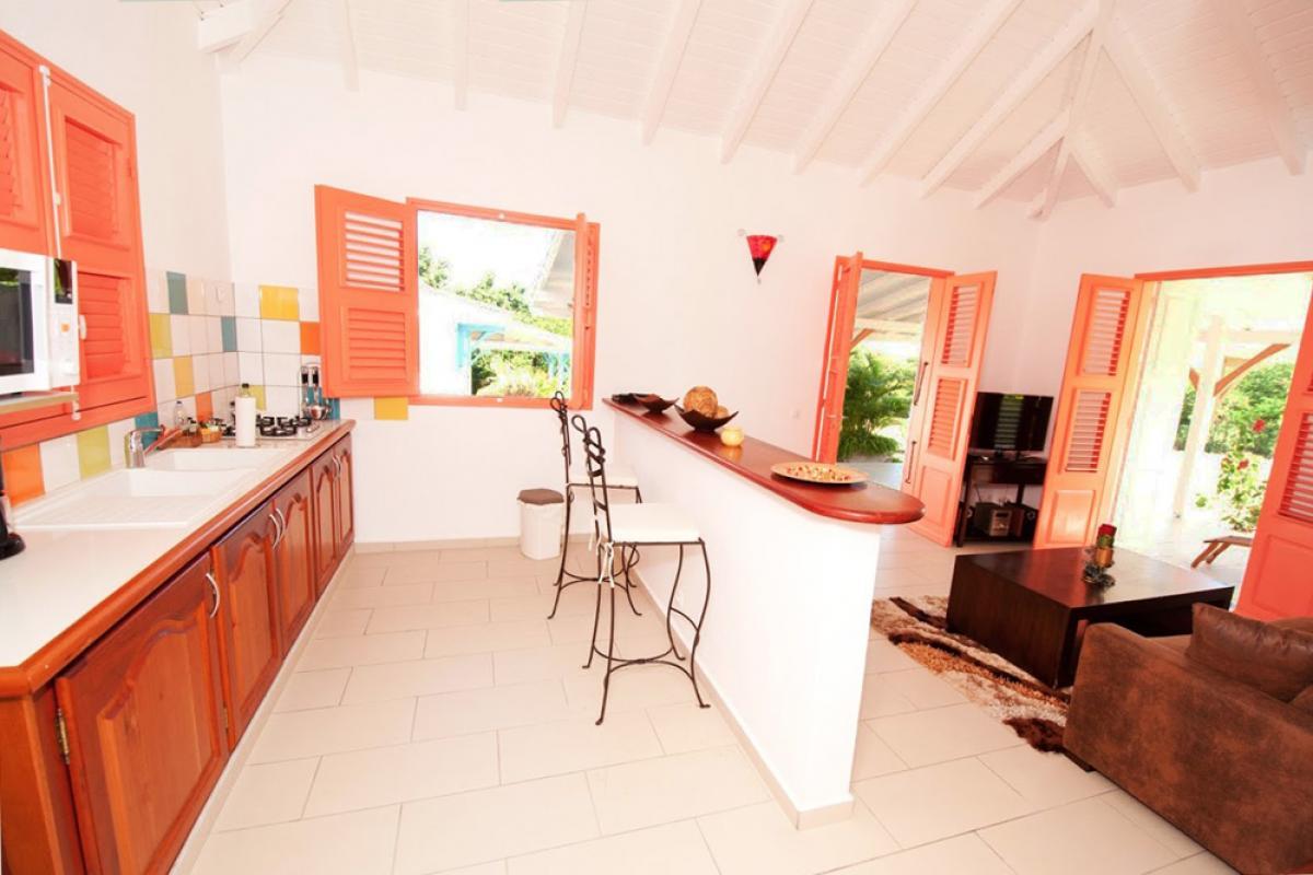 Location villa au charme créole - La cuisine