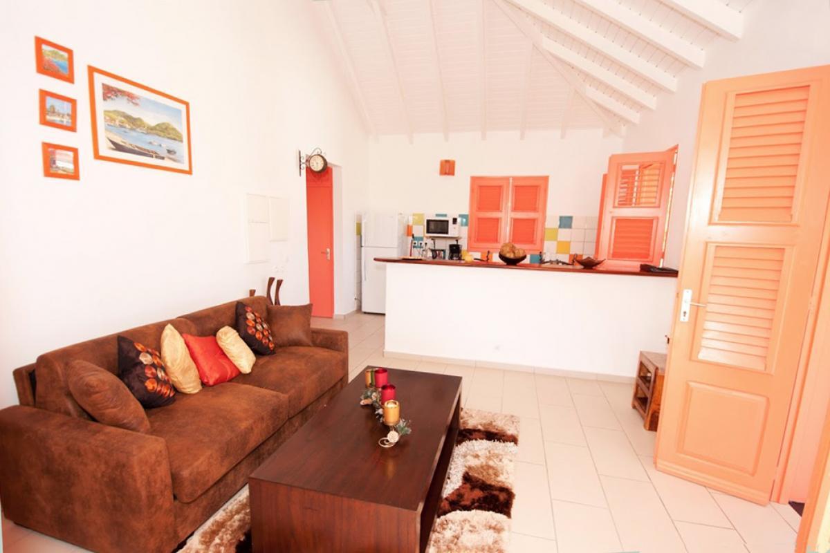 Location villa au charme créole - Le salon