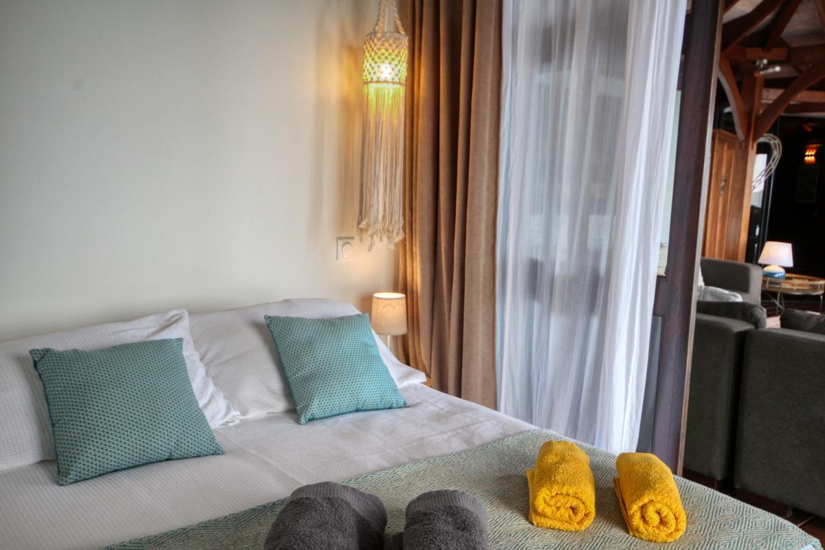 location villa de luxe martinique grande anse vue mer piscine 12 personnes chambre 2