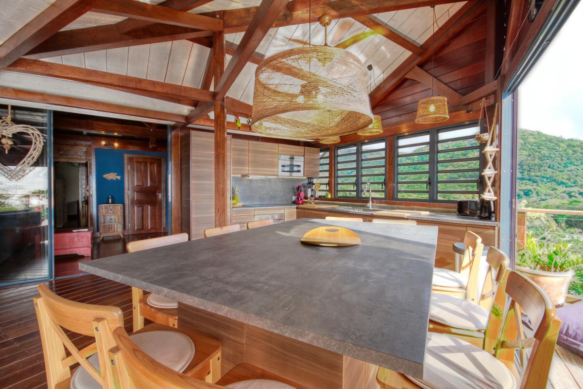location villa de luxe martinique grande anse vue mer piscine 12 personnes salle à manger