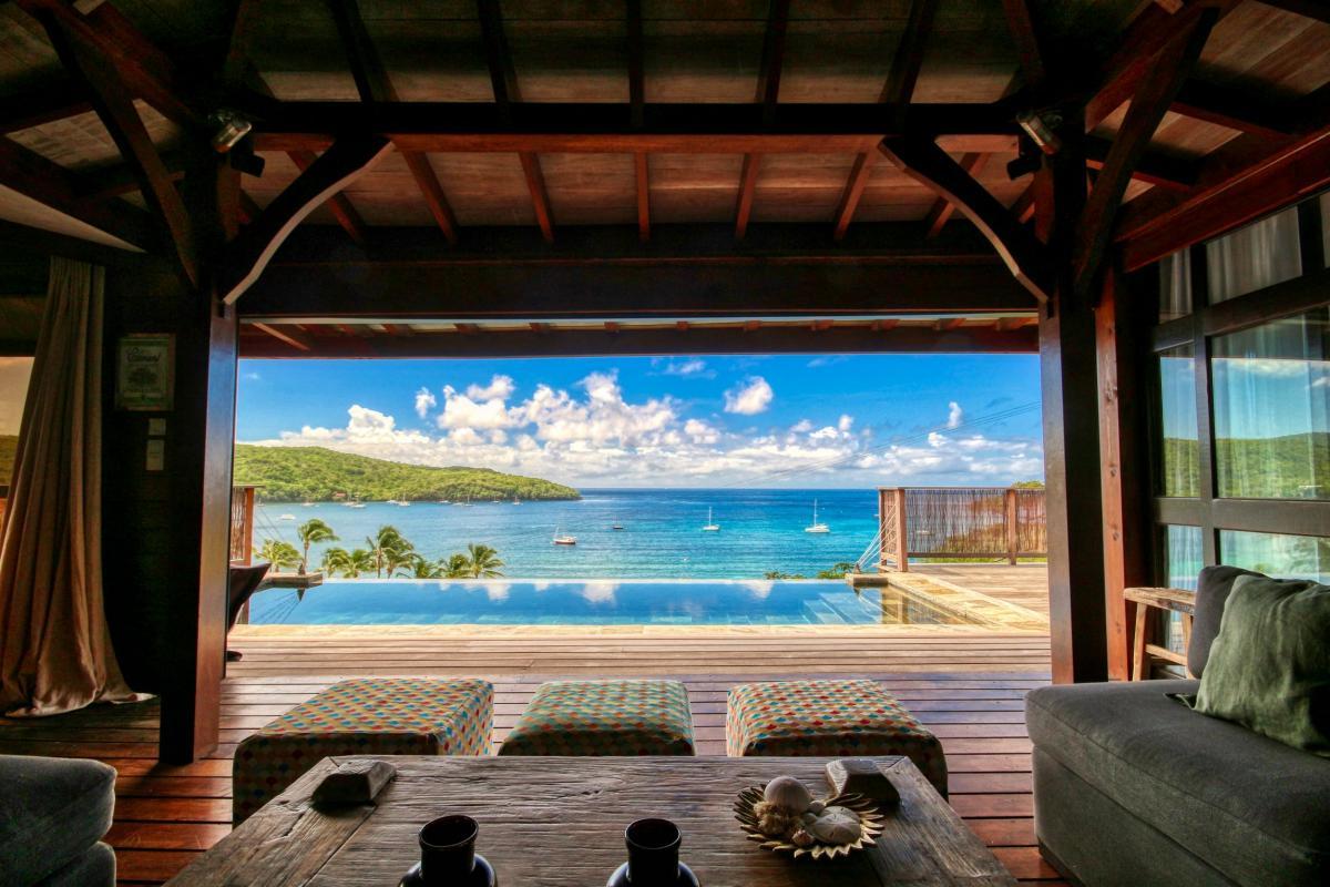 location villa de luxe martinique grande anse vue mer piscine 12 personnes salon3