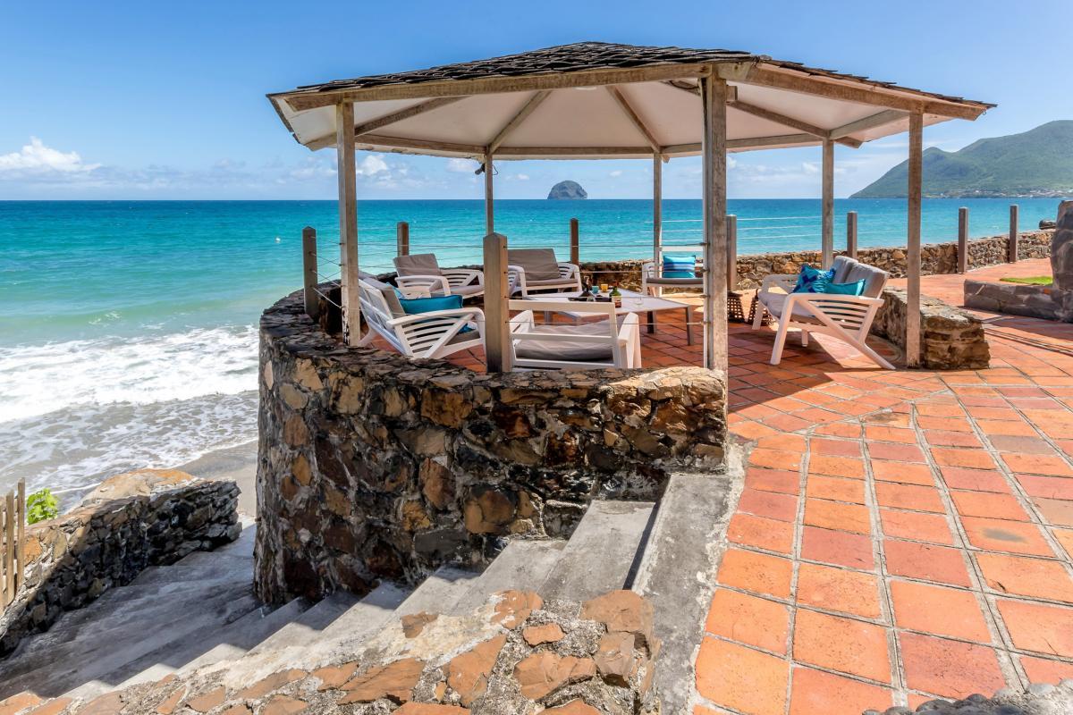 Location Villa de luxe Martinique Carbet surplombant la mer