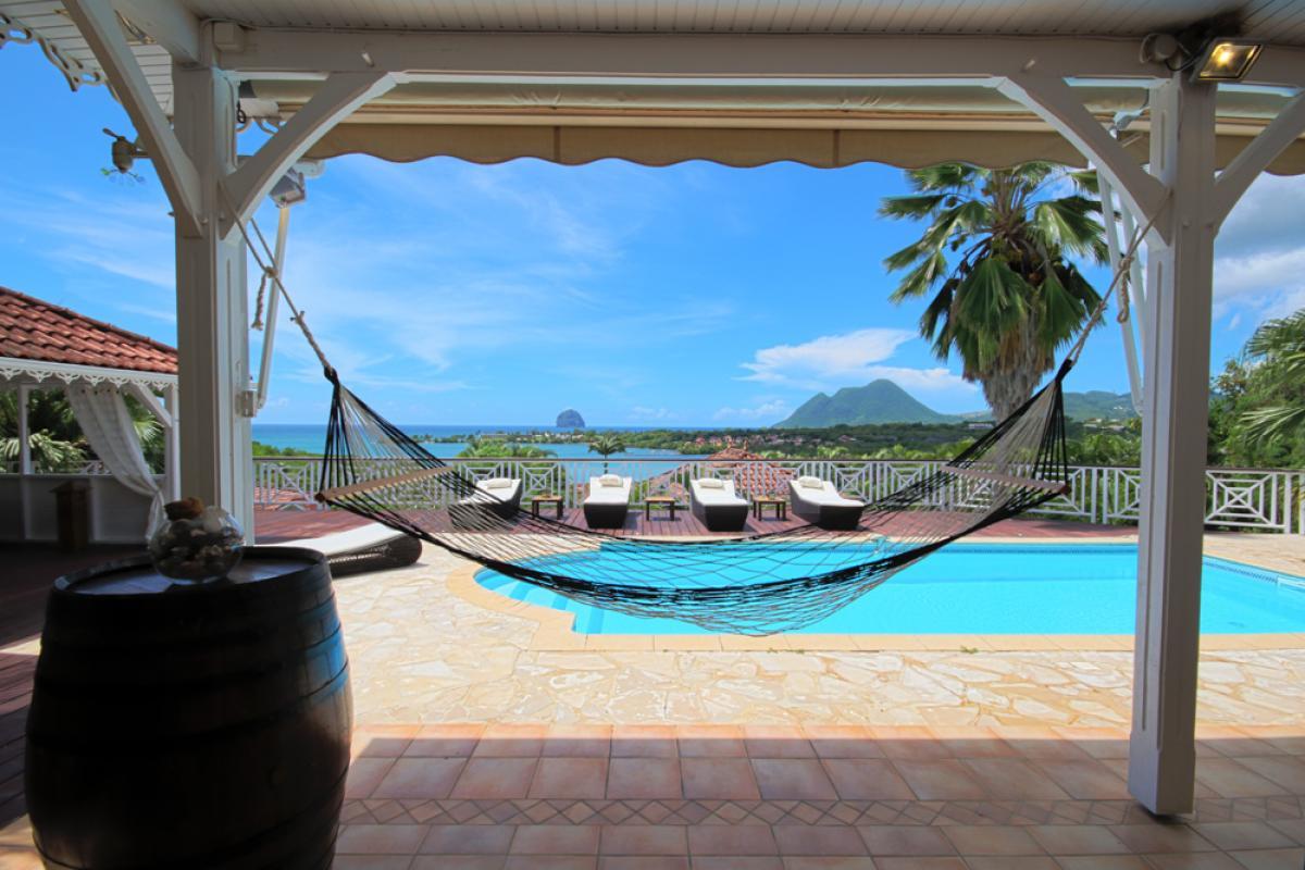 Location villa Martinique - Piscine et vue