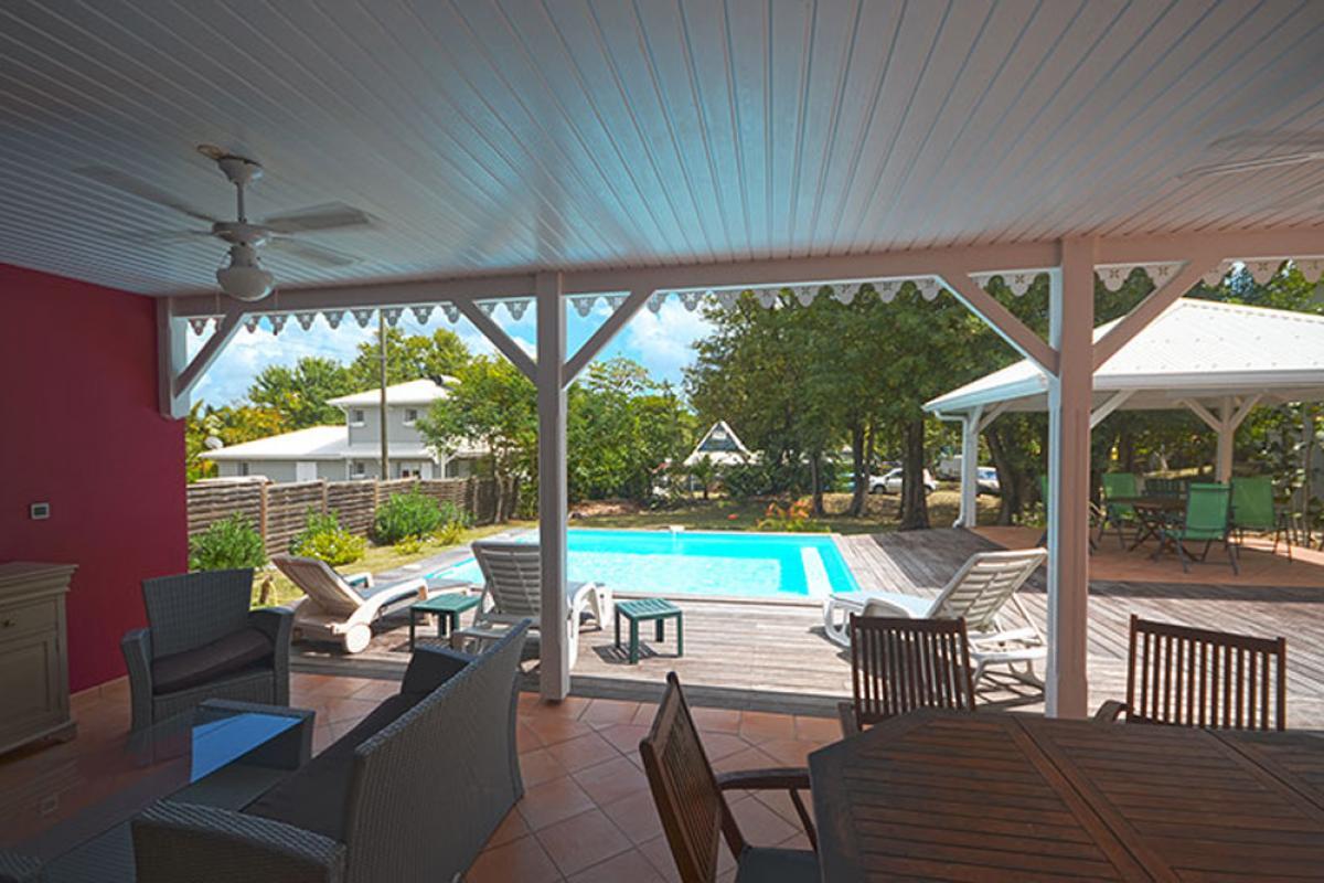 Location maison Le Diamant - Terrasse et piscine